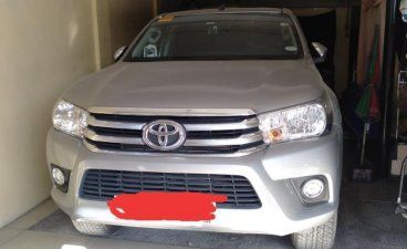 Selling Silver Toyota Hilux 2017 in Cabuyao