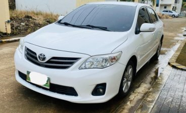 White Toyota Corolla Altis 2013 for sale in Lucena