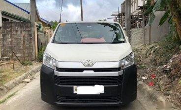 Selling White Toyota Hiace 2017 in Quezon