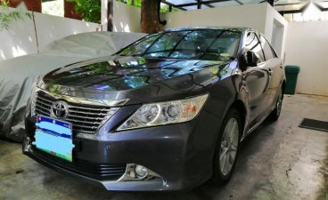 Selling Black Toyota Camry 2014 in Makati