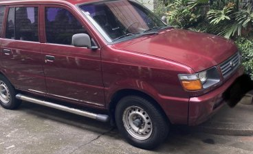Selling Red Toyota Revo 2000 in Quezon