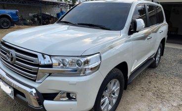 Toyota Land Cruiser LC200 Auto 2018