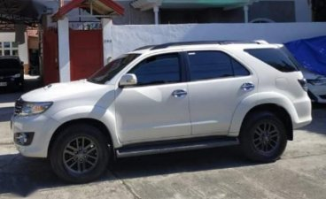 Selling White Toyota Fortuner 2015 in Angono