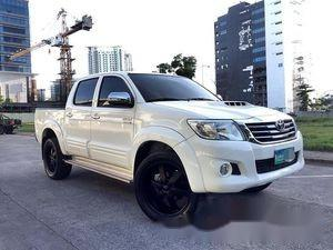 Sell White 2015 Toyota Hilux in Manila