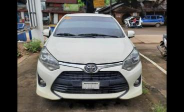 Selling White Toyota Wigo 2019 in Caloocan
