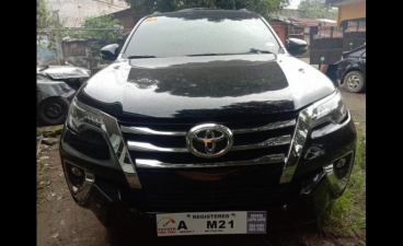 Selling Black Toyota Fortuner 2018 in Caloocan