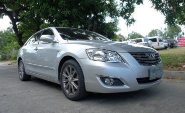 Selling Toyota Camry 2008