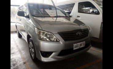 Selling Toyota Innova 2014 MPV