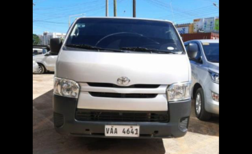 Selling White Toyota Hiace 2018 in Caloocan