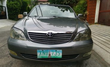 Selling Toyota Camry 2004