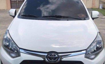 Selling White Toyota Wigo 2019 in Lipa