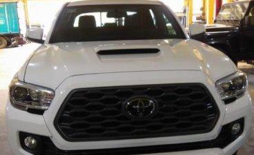 Selling Toyota Tacoma 2021