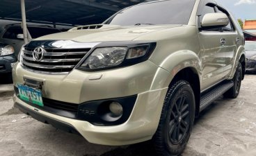 Pearl White Toyota Fortuner 2013