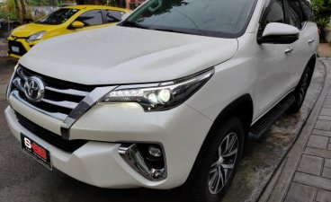 Selling White Toyota Fortuner 2018 in Quezon