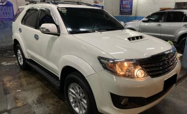 Selling White Toyota Fortuner 2014