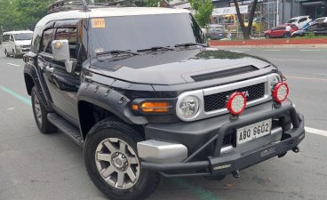 Selling Toyota Fj Cruiser 2016