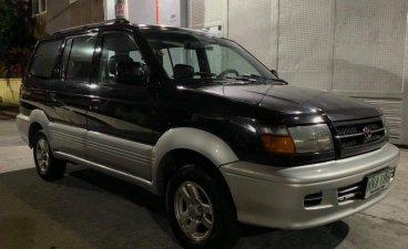 Toyota Revo 2000