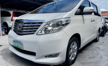 Selling Toyota Alphard 2011