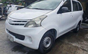 Sell 2014 Toyota Avanza in Manila