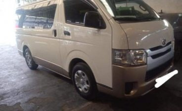 Sell White 2016 Toyota Hiace