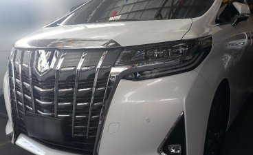 Sell White 2019 Toyota Alphard