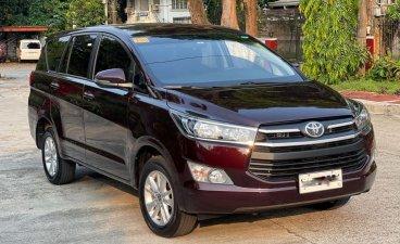 Selling Toyota Innova 2020