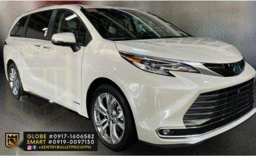 Pearlwhite Toyota Sienna 2021 for sale in Makati