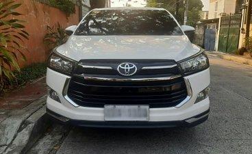 Selling Toyota Innova 2019