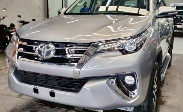 Silver Toyota Fortuner 2016