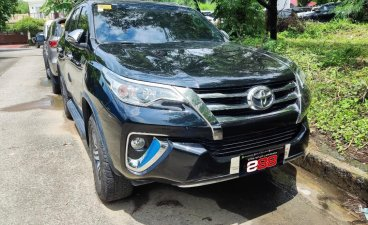 Selling Toyota Fortuner 2020