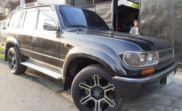 Selling Toyota Land Cruiser 1992