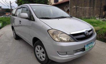 Silver Toyota Innova 2006 for sale in Valenzuela