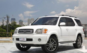 Selling White Toyota Sequoia 2002 in San Mateo