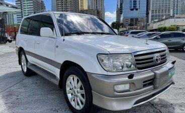 Sell White 2005 Toyota Land Cruiser in San Juan