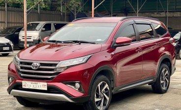 Selling Red Toyota Rush 2021 in Makati
