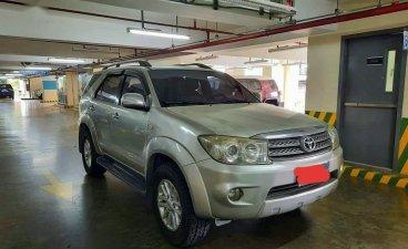 Brightsilver Toyota Fortuner 2007 for sale in Makati