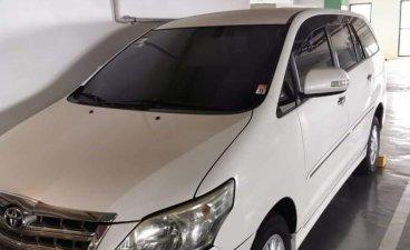 Selling White Toyota Innova 2014 in Manila