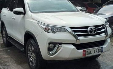 Selling White Toyota Fortuner 2019 in Quezon