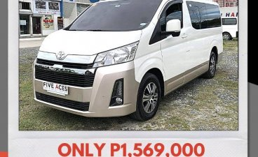 Selling White Toyota Hiace 2019 in Mandaue