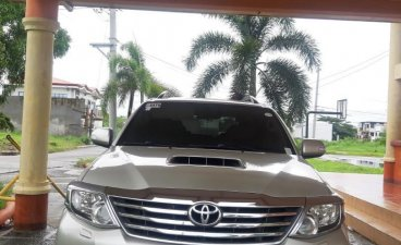 Pearl White Toyota Fortuner 2012 for sale in Muntinlupa