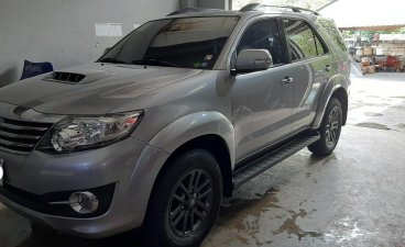 Selling Silver Toyota Fortuner 2015 in Mandaluyong