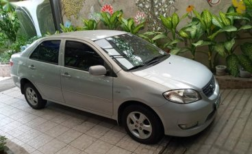 Pearl White Toyota Vios 2005 for sale in Caloocan