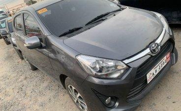 Selling Grey Toyota Wigo 2019 in Cainta