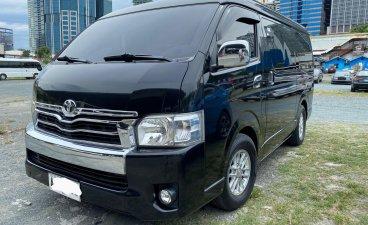 Selling Black Toyota Hiace Super Grandia 2015 in Pasig