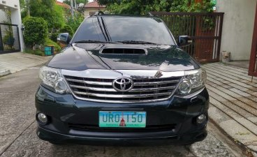 Selling Grayblack Toyota Fortuner 2013 in Parañaque