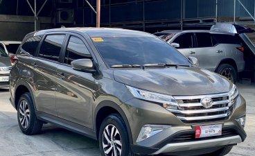 Selling Silver Toyota Rush 2021 in Makati