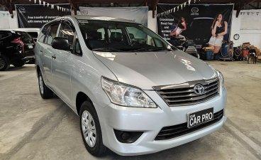 Selling Brightsilver Toyota Innova 2014 in San Fernando