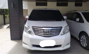 Sell White 2011 Toyota Alphard in Manila