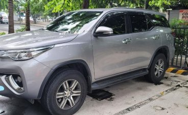 Selling Silver Toyota Fortuner 2016 in Makati