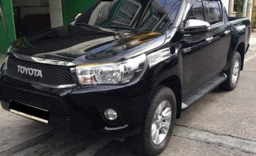 Selling Black Toyota Hilux 2020 in Parañaque